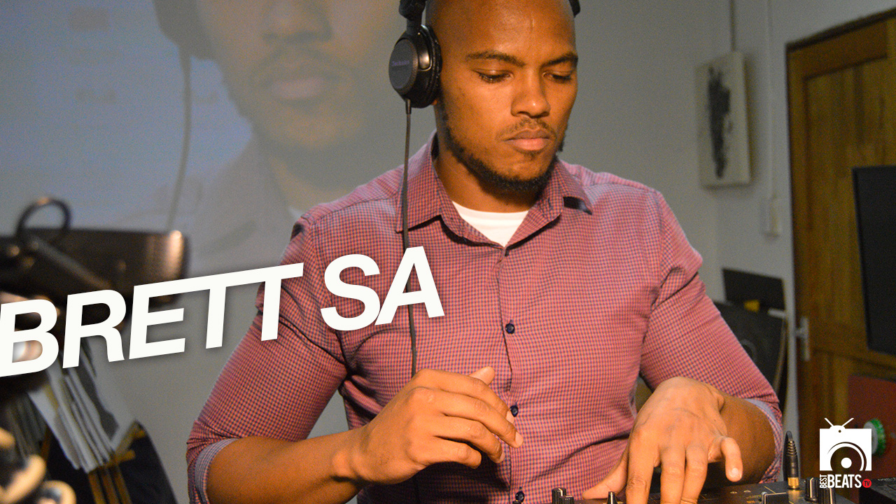 Brett SA with your #LunchTymMix